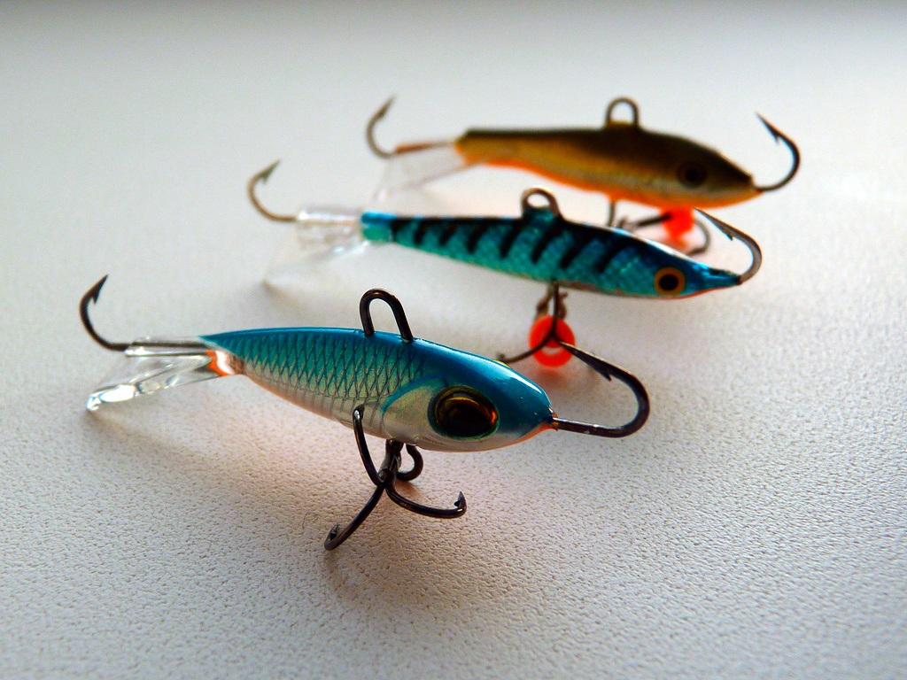 Преимущества балансиров на зимней рыбалке